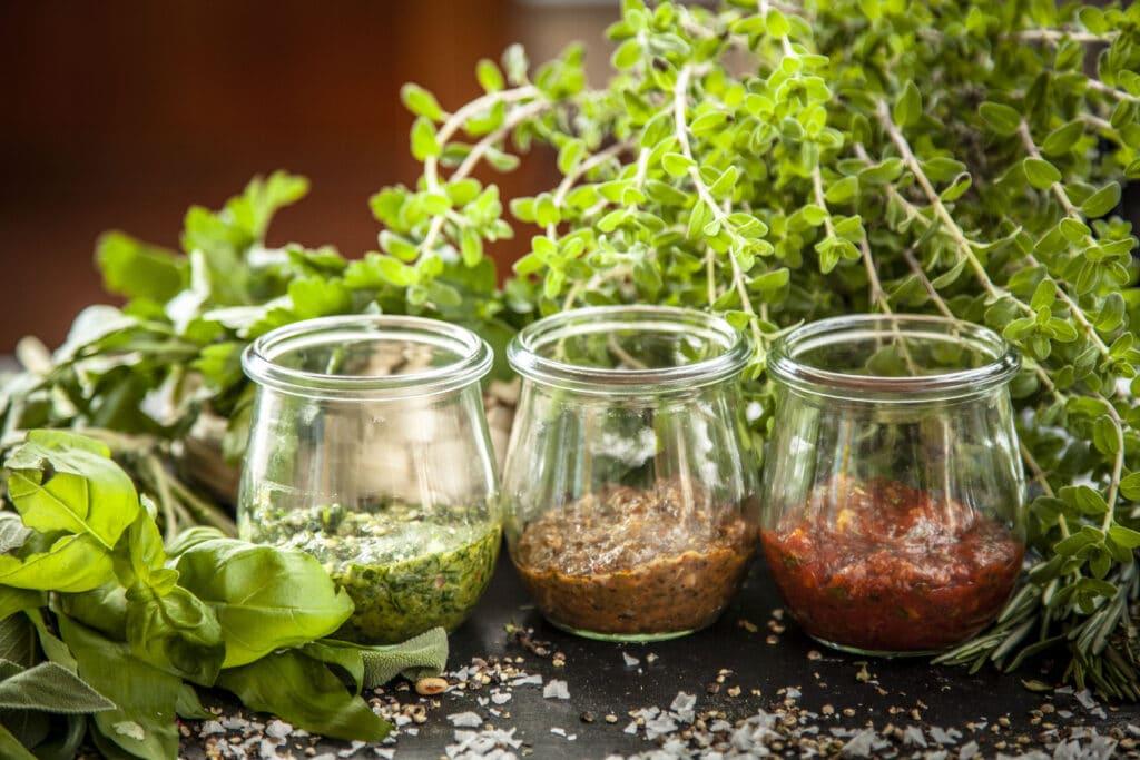 Verschiedene Pesto Varianten selber machen