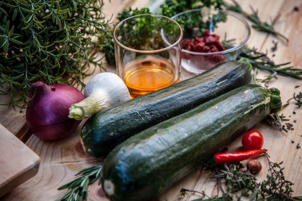 Zucchini grillen - die perfekte Grillbeilage