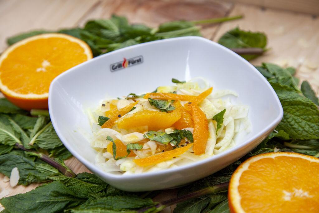 Leckeres Rezept für Orangen-Fenchel-Salat mit Honigvinaigrette zum Grillen