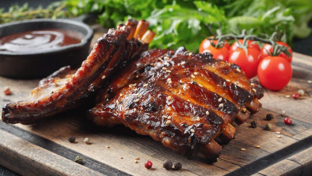 Leckere Spare Ribs vom Grill - ein Muss für jeden BBQ Fan