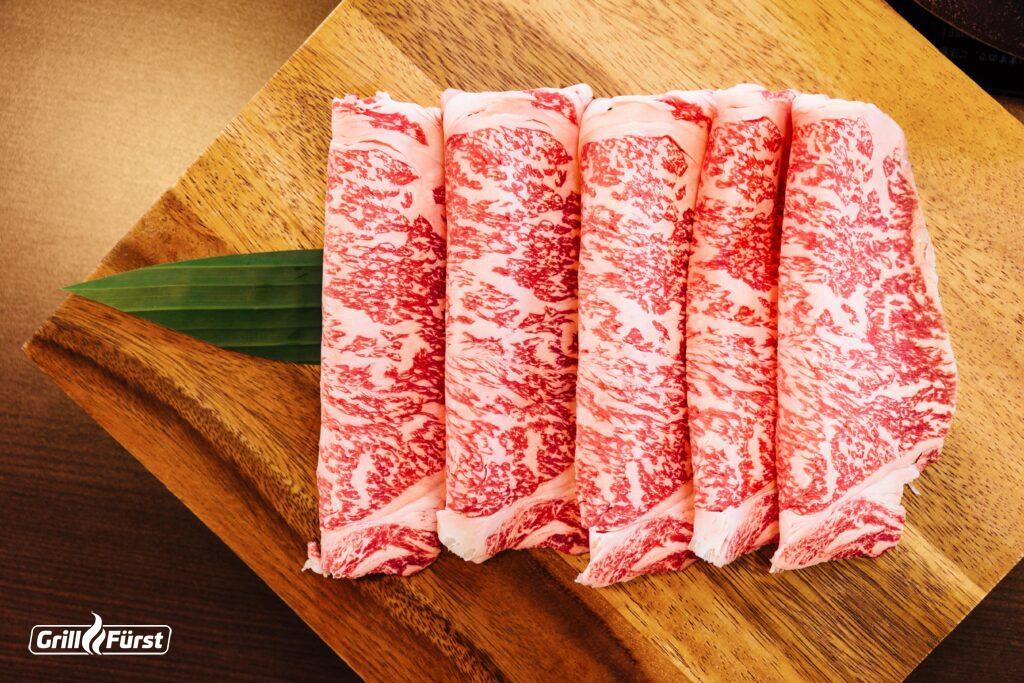 Das Kobe-Rind gehört wegen seiner hohen Marmorisierung zu den beliebtesten Rindfleischsorten.
