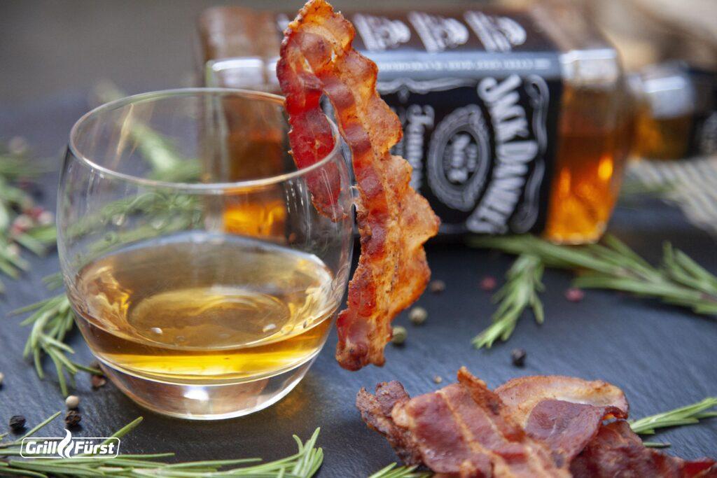 Whiskey wird mit Baconfett verfeinert und hat ein spezielles Aroma.