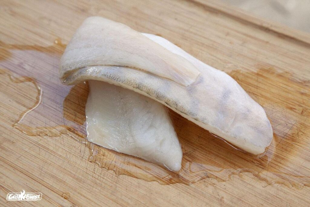Im Auftauwasser von Fischfilet bilden sich häufig Salmonellen aus.
