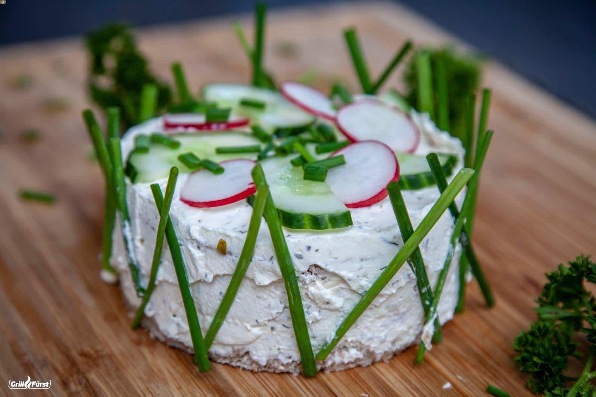 Die 10 besten Salattorten – Unser Guide für das perfekte Highlight als Grillbeilage