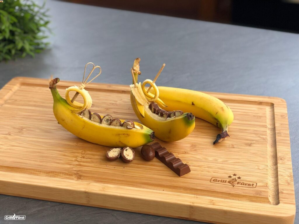 Banane gefüllt mit Schokolade