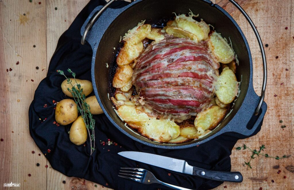 Blumenkohl Bacon Bomb mit Kartoffeln