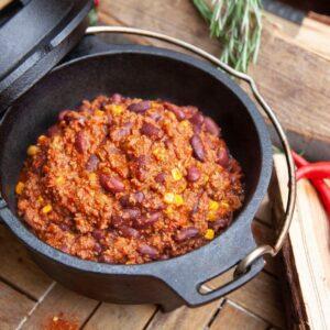Klassisches Chili con Carne aus dem Dutch Oven – das Original Rezept