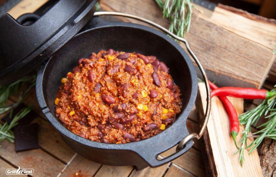 klassisches Rezept für Chili con Carne im Dutch Oven