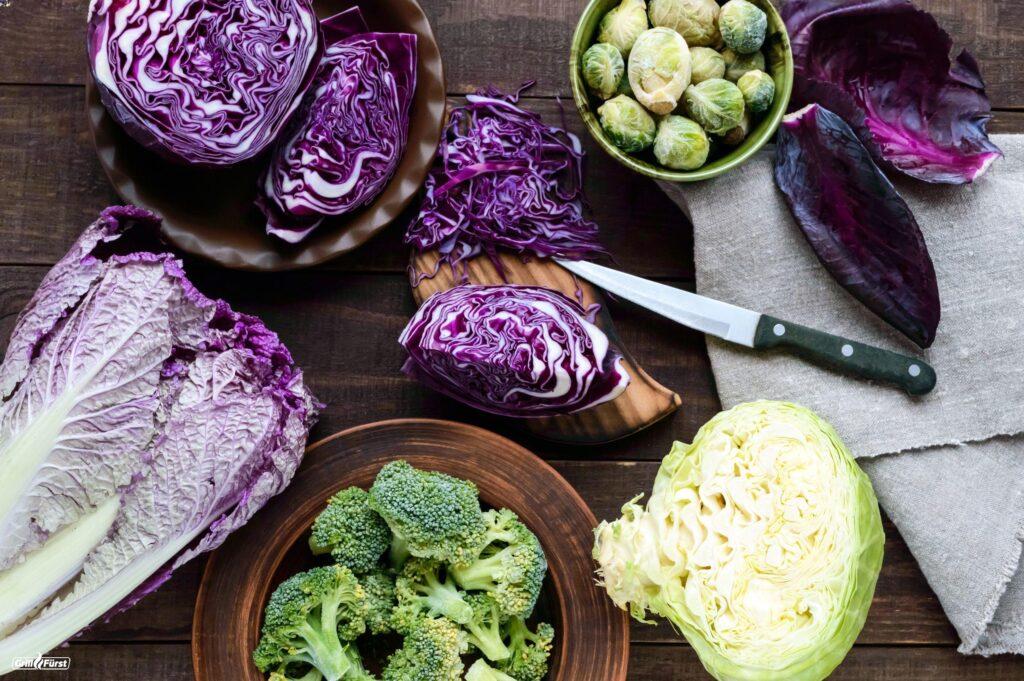 Verschiedene Kohlsorten für Herbstliches Gemüse vom Grill