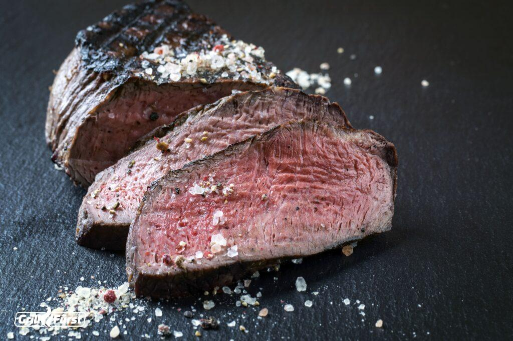 Dry-Aged-Steaks medium gegeart