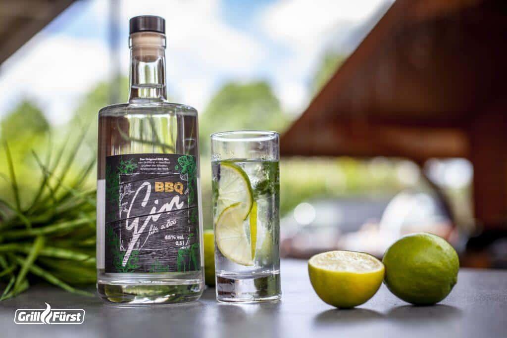 Gin mit Limette als passendes Getränk zum Steak