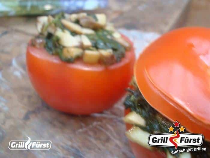 Grilltomate gefüllt mit Spinat