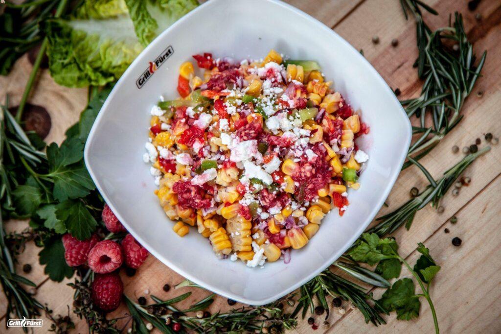 Paprika Mais Salat mit Feta