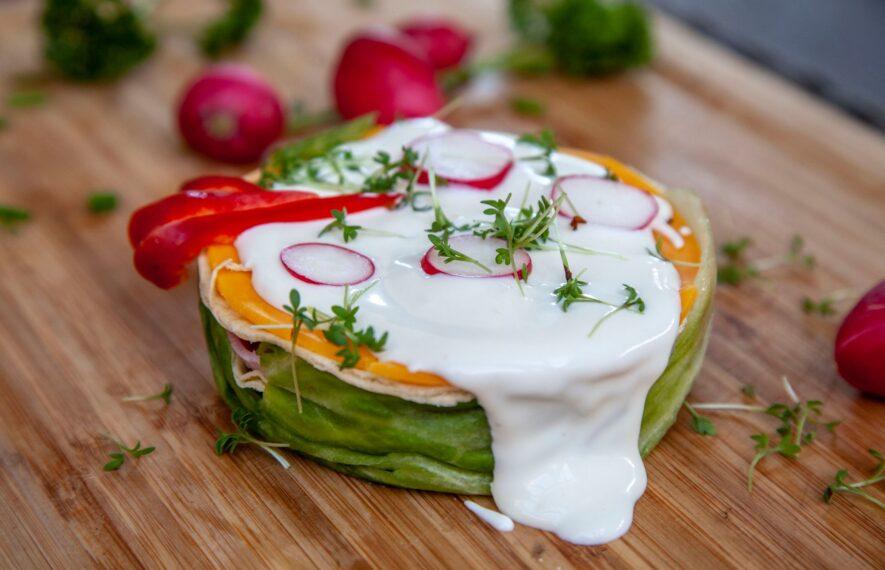 Salattorte mit Thunfisch