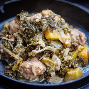 Grünkohleintopf im Dutch Oven