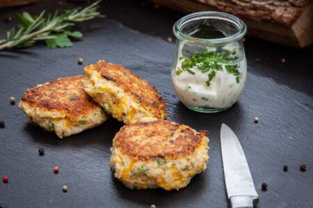 Quinoa Frikadellen und Dip
