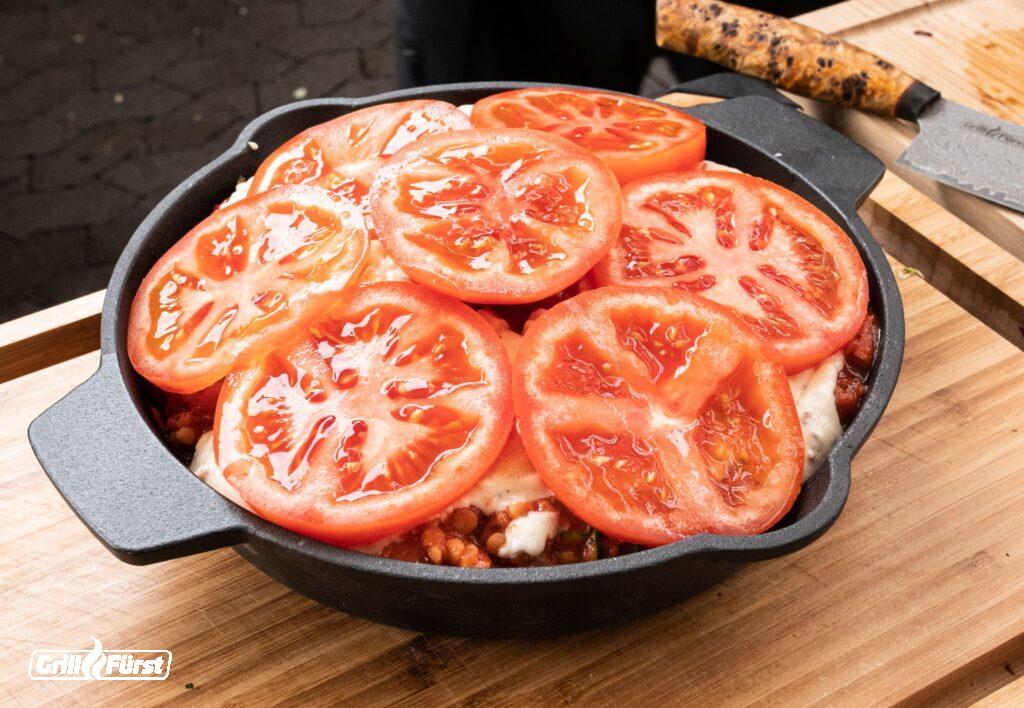 Pfanne mit Tomaten