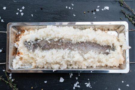 Forelle in Salzkruste gegrillt