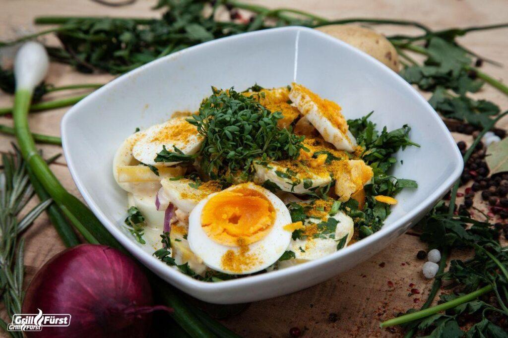 Ruck-Zuck Kartoffelsalat mit Curry und Ei