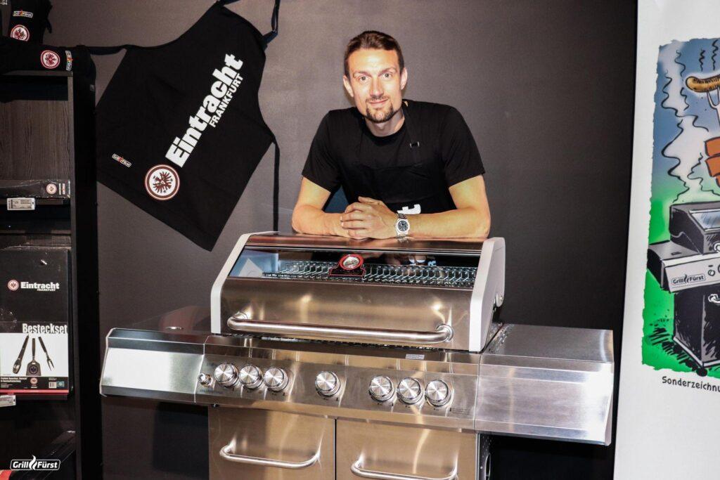 Stefan Ilsanker am Eintracht-Grill