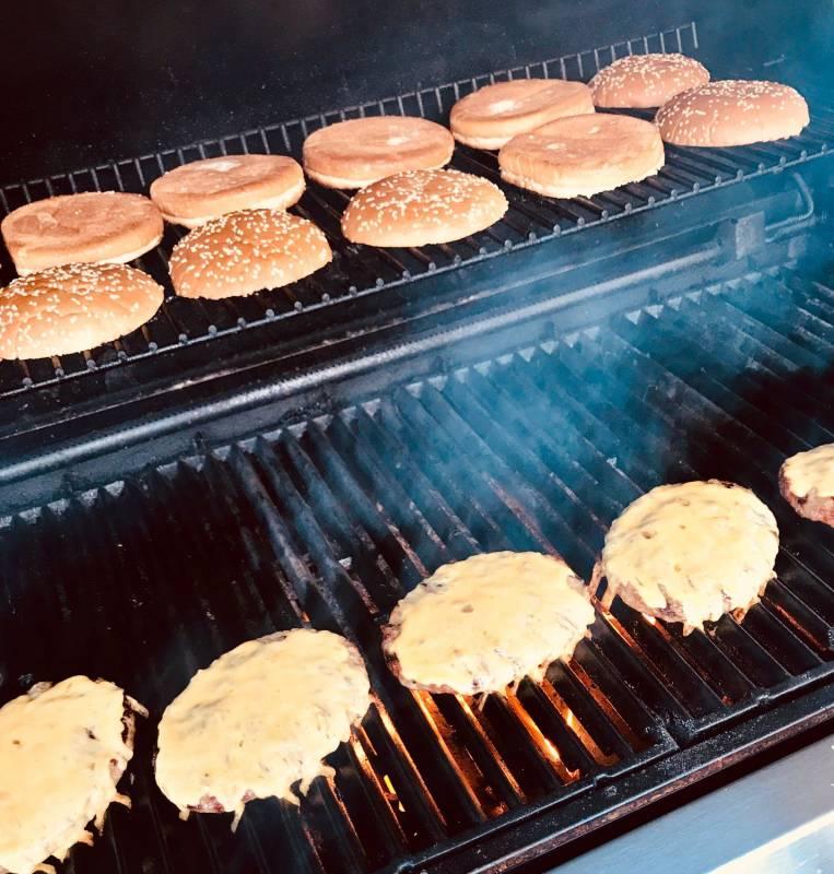 Burger Deluxe, Fr., 31.05.19, 17:00 Uhr, in Gründau bei Frankfurt