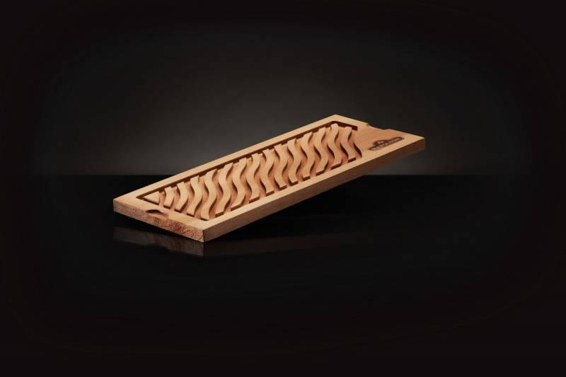 Napoleon Zederholzplanke mit Rand (für Flüssigkeit geeignet)