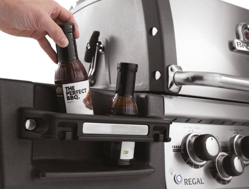Broil King Regal 490 PRO inkl. Drehspieß + Motor - Modell 2019