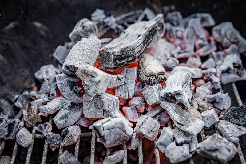 Männerglut Steakhouse Kohle 10kg in Restaurant-Qualität