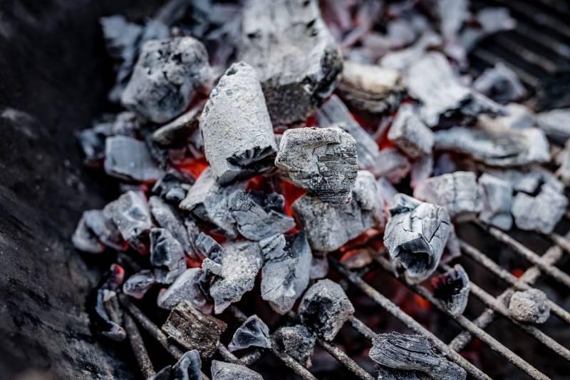 Männerglut Steakhouse Kohle 30kg in Restaurant-Qualität