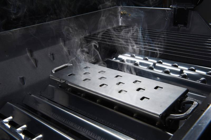 Broil King Smoker Box regulierbar