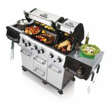 Broil King Imperial mit Grillgut