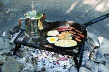 Outdoor Cooking mit Camp Chef Gusspfanne