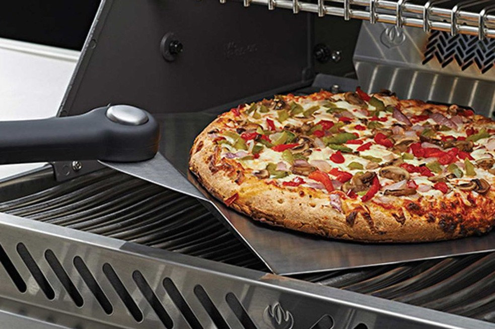 Rösle Gasgrill Pizza : Grillfürst pizza und brotbackblech gemüsetopper