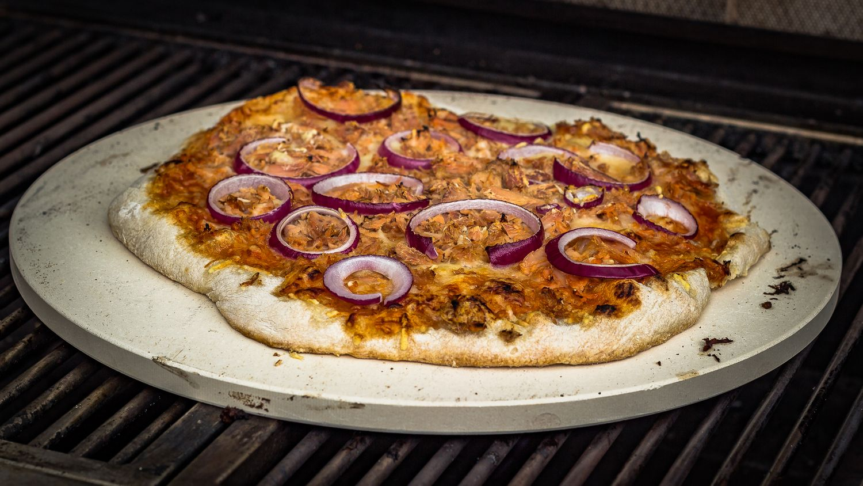 Grillfürst Pizzastein Aus Cordierit 33 Cm Mit Pizzablech