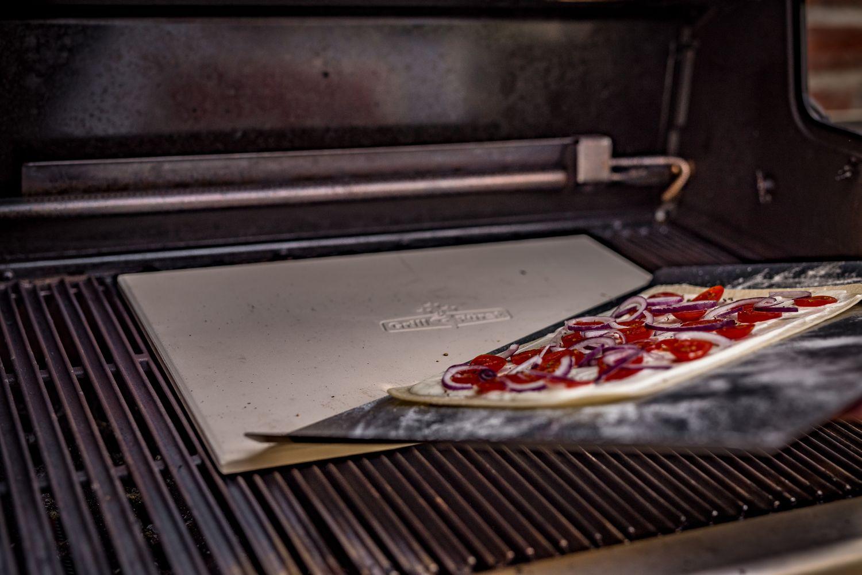 Rösle Gasgrill Pizza : Bbq love ratgeber pizza auf dem grill zubereiten