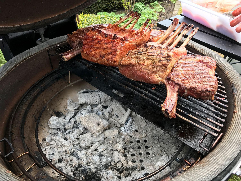 Rösle Gasgrill Jubiläum : Monolith kamado joe gourmet grillen auf dem keramik grill sa