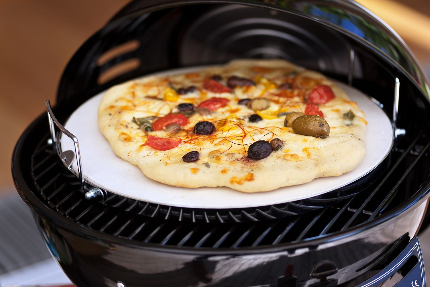 Pizzastein Für Gasgrill Outdoorchef : Outdoorchef city pizzastein und brotbackstein 32cm