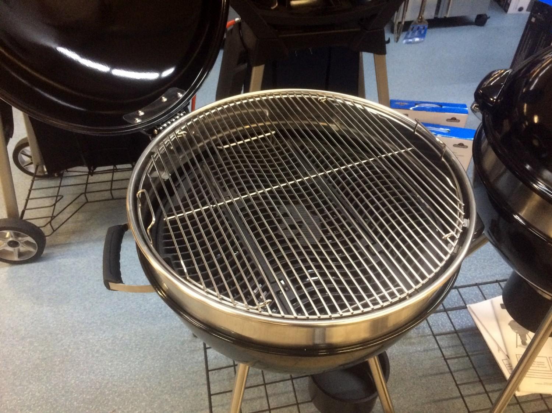 grillf rst edelstahl grillrost klapprost f r 570er grills. Black Bedroom Furniture Sets. Home Design Ideas
