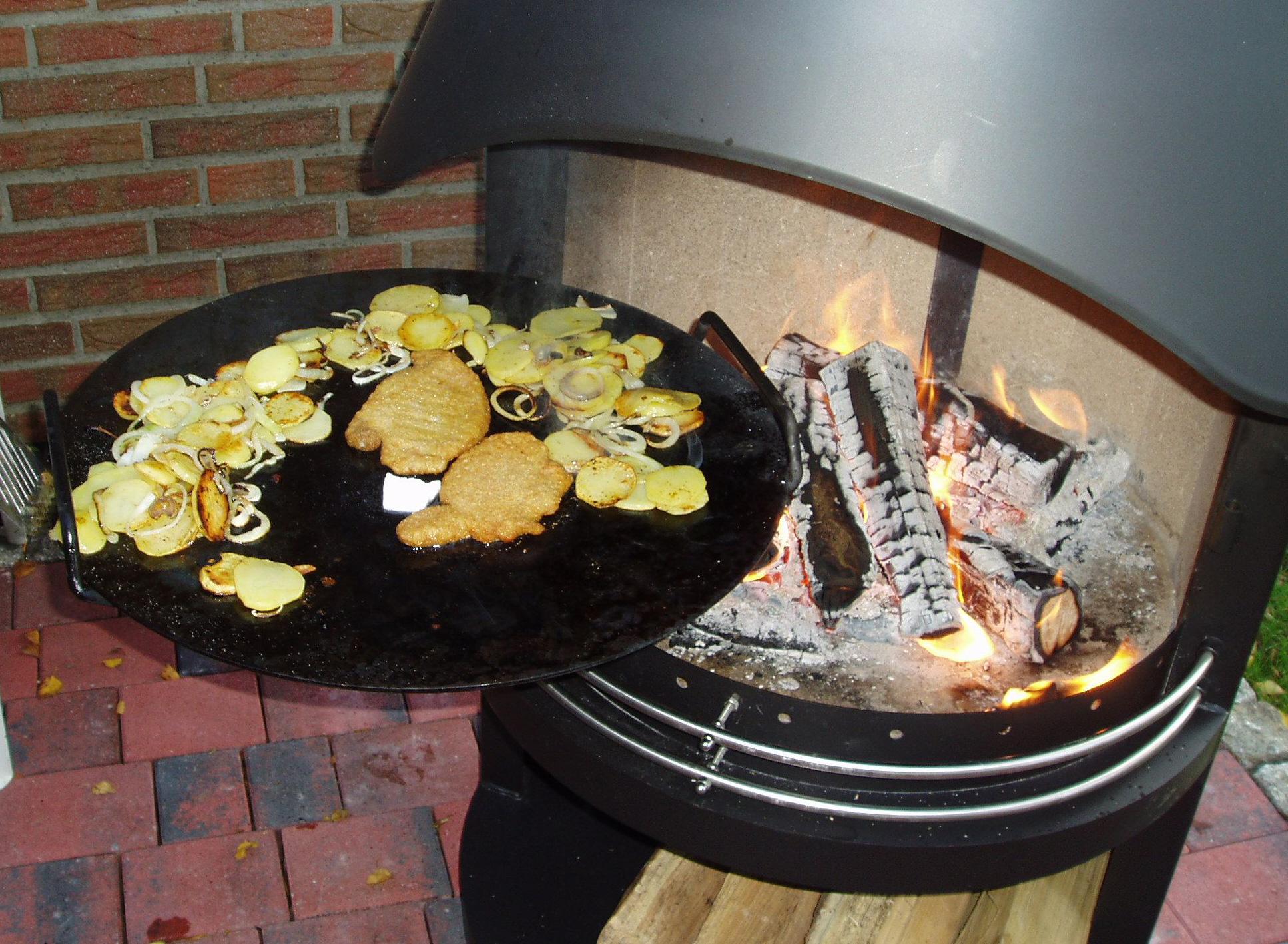 Rösle Gasgrill Zubehör : Grillkamin zubehör steakpfanne für typ girse gartenkamin
