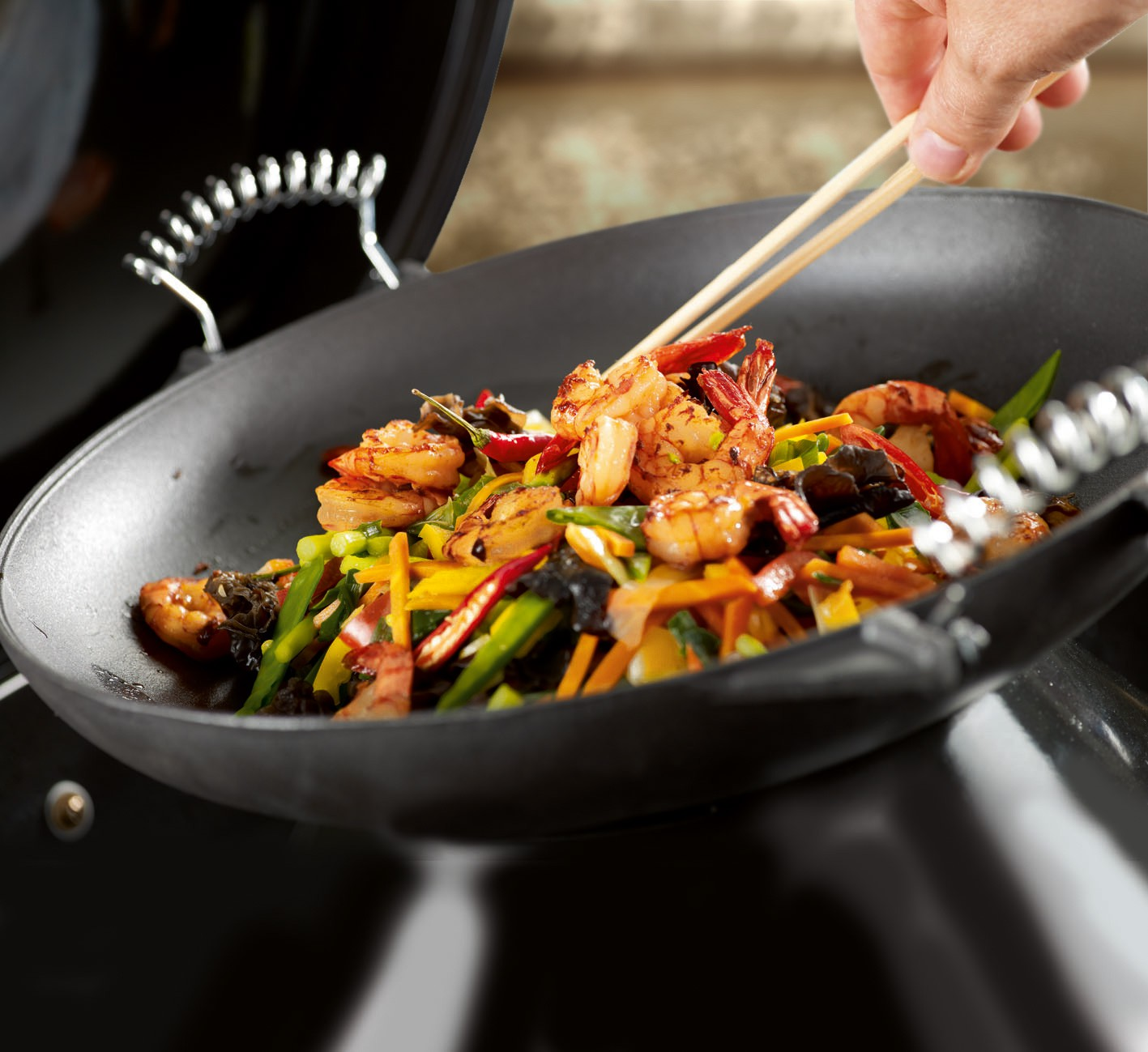 universal wok aus gusseisen 35 cm. Black Bedroom Furniture Sets. Home Design Ideas